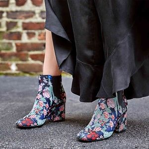 Shoes - Floral printed ankle booties